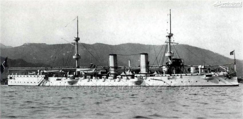 0469C_RN_Piemonte_1888_ariete_torpediniere_alla_fonda_La_Spezia_1900.jpg