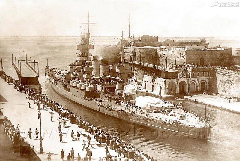 Navi da guerra andrea doria corazzata passa il ponte for Andrea doria nave da guerra